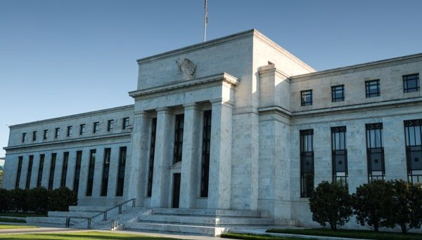 FOMC Minutes Eyed as USD Stages Small Rebound
