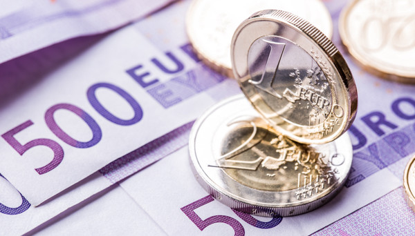 EUR/USD – Euro Under Pressure as German Inflation Misses Estimate