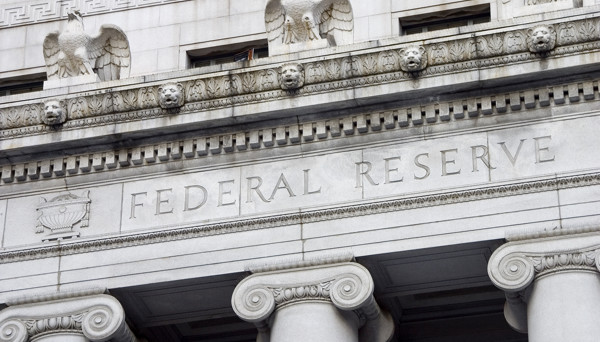 One-Minute Round Up: A 'Less Hawkish' Fed Has the Market Rethinking Strategy