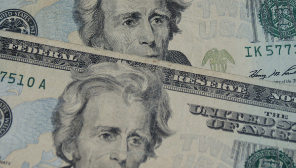 Dollar Produces Mixed Results Ahead of Fed Minutes