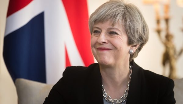 May wins Confidence Vote 200-117; cable lower as victory was not a landslide
