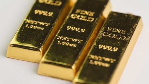 Gold slide continues on trade talk optimism
