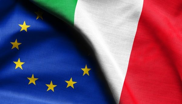 EUR/USD – Not rocked by Italian politics (video)