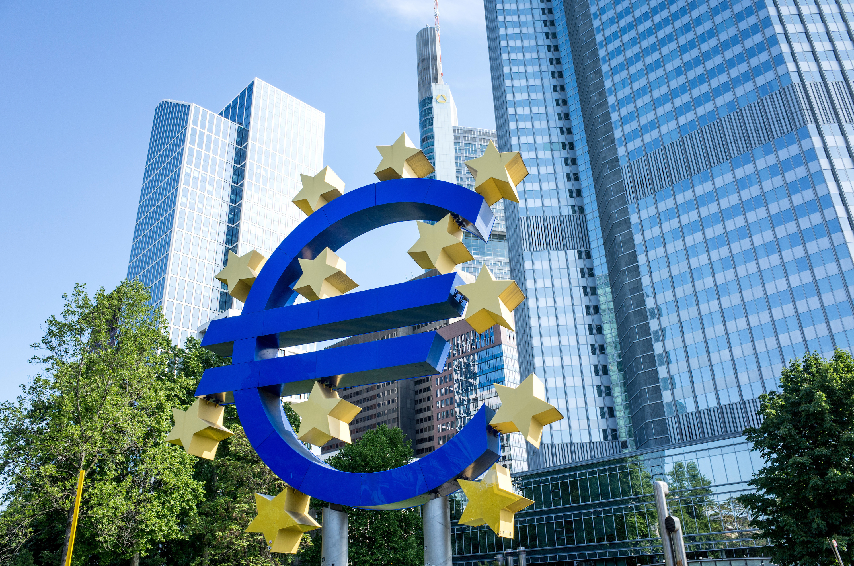 Euro edges closer to 1.16