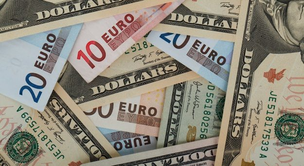 EUR/USD Rises on Recovery Fund Hopes